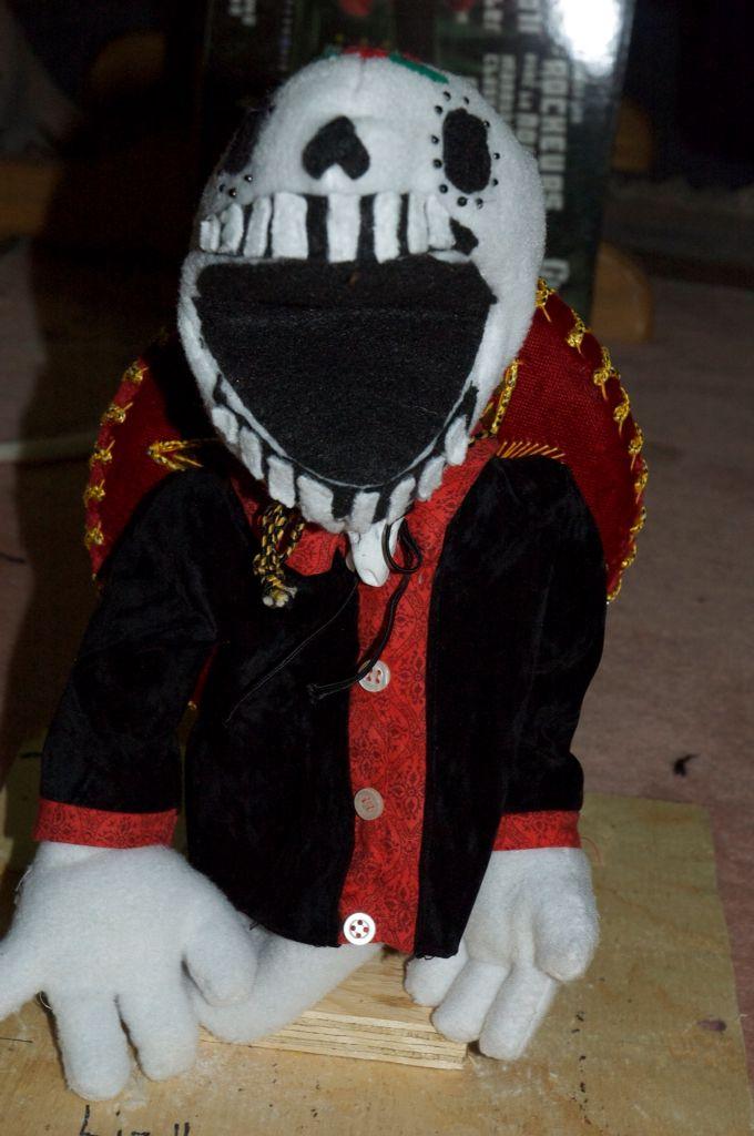 Sugar skull puppet
