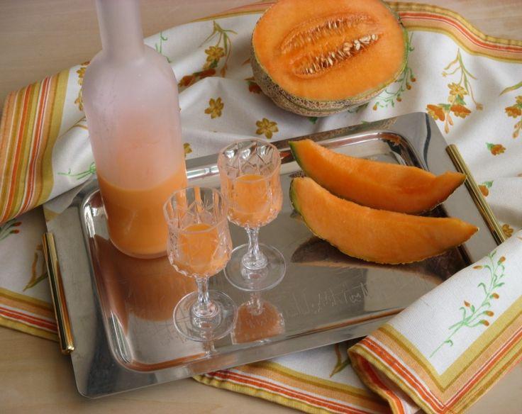 Liquore cremoso al melone: il meloncello