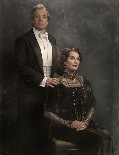 The Cast of Downton Sixbey | Photo Gallery | Late Night | NBC (The Earl of Downton Sixby & Lady Nora)