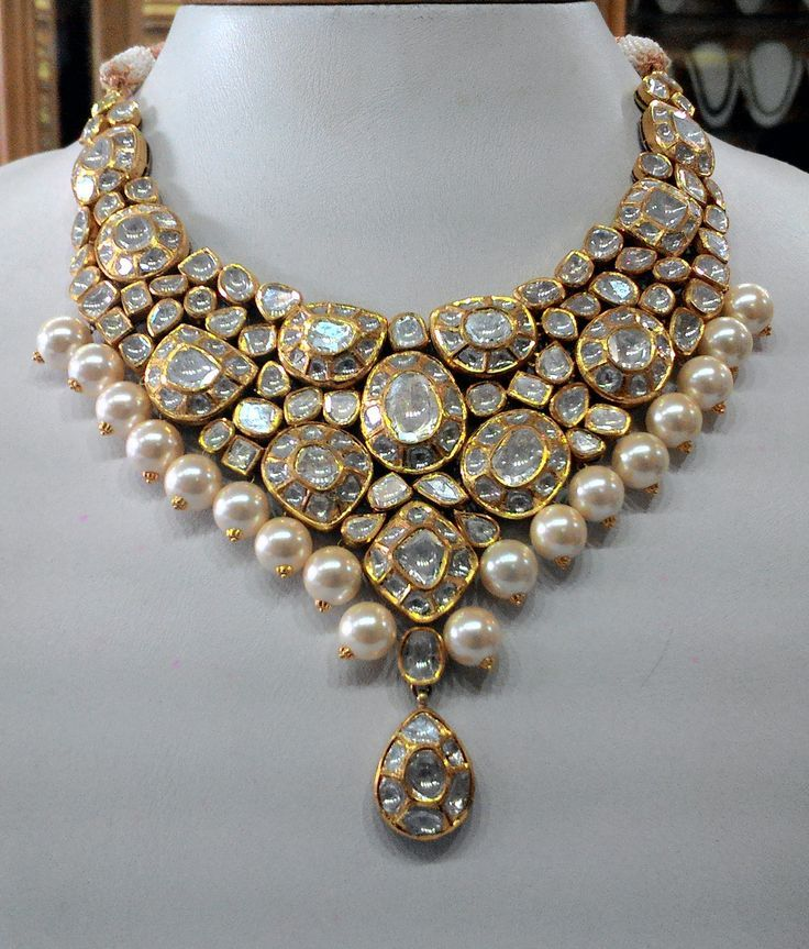 Vintage necklace ideal for special occasions, set with eye popping clear old-cut diamonds | Kundan Meena Jewelry | Vilandi Jewelry | Diamond polki jewelry | Bridal sets | Traditional Indian Jewelry | Wedding Jewelry
