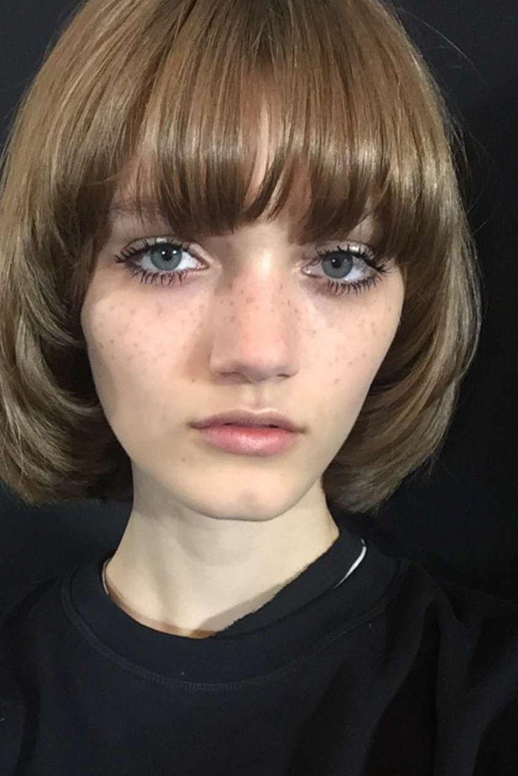 Tagli di capelli a scodella Primavera Estate 2016 - Capelli a scodella per Peyton Knight
