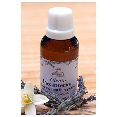 Oleato Paz Interior // Oil inner peace #NaturalMedicine #Natural #HerbalMedicine #MedicinaNatural #TallerDeHierbas #Oils #Lavanda #Lavander #Cedro