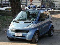 Smart della Polizia. Who are they going to catch?