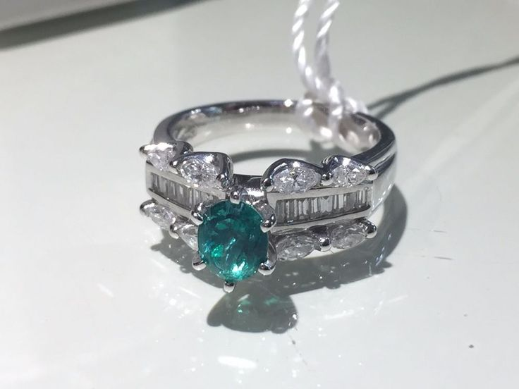 Callas Art & Jewels Anello Smeraldo e Diamanti Ring with Emerald and Diamonds