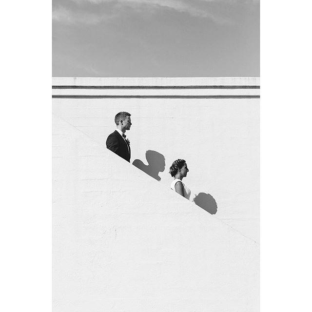 SORTHVIT 📷 Vi har lekt oss litt på Ekebergrestauranten i dag! #momentstudio #ekebergrestauranten #sorthvit #bryllupsfotograf #bryllup #blackandwhitephotography #weddingphotographer @ekebergrestauranten