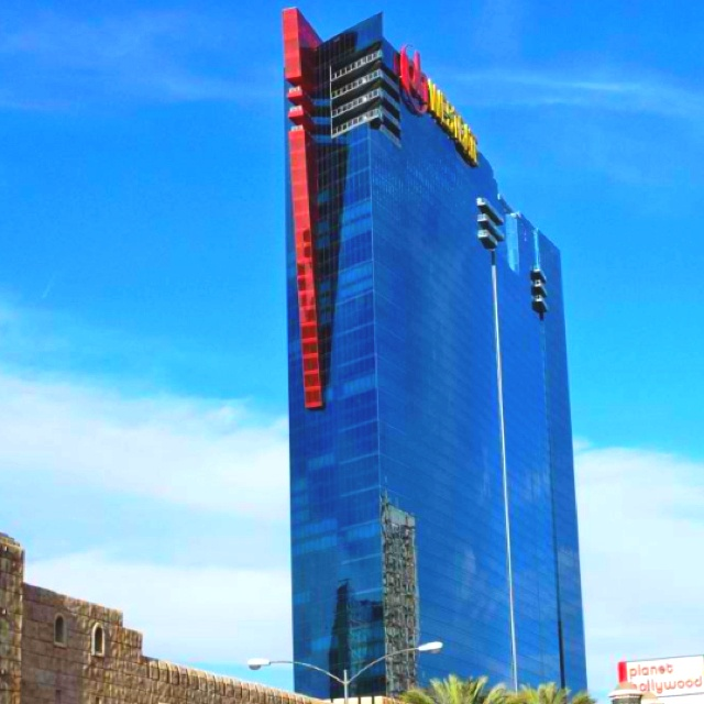 planet hollywood las vegas towers
