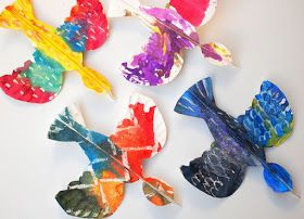Colorful Paper Plate Birds- Beautiful art and craft project for kids of all ages!