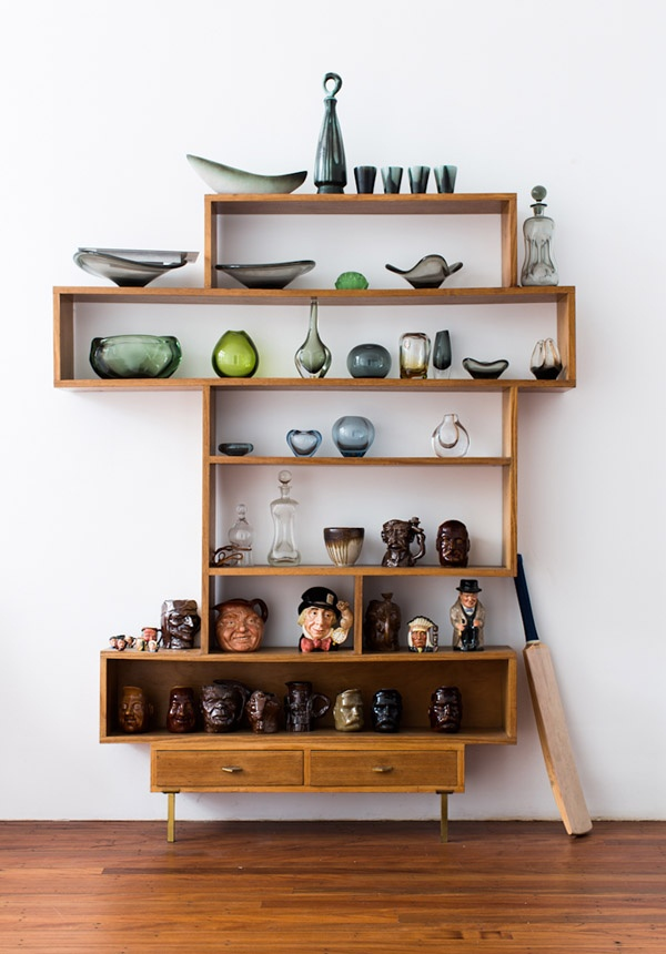 In love with this retro shelving