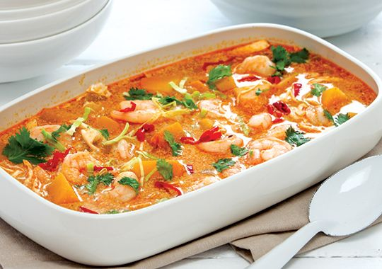 Thai Red Curry with Pumpkin, Cabbage & Prawns