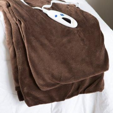 Microplush Heated Electric Throw Blanket - would never have made it through the winter without this!!!!