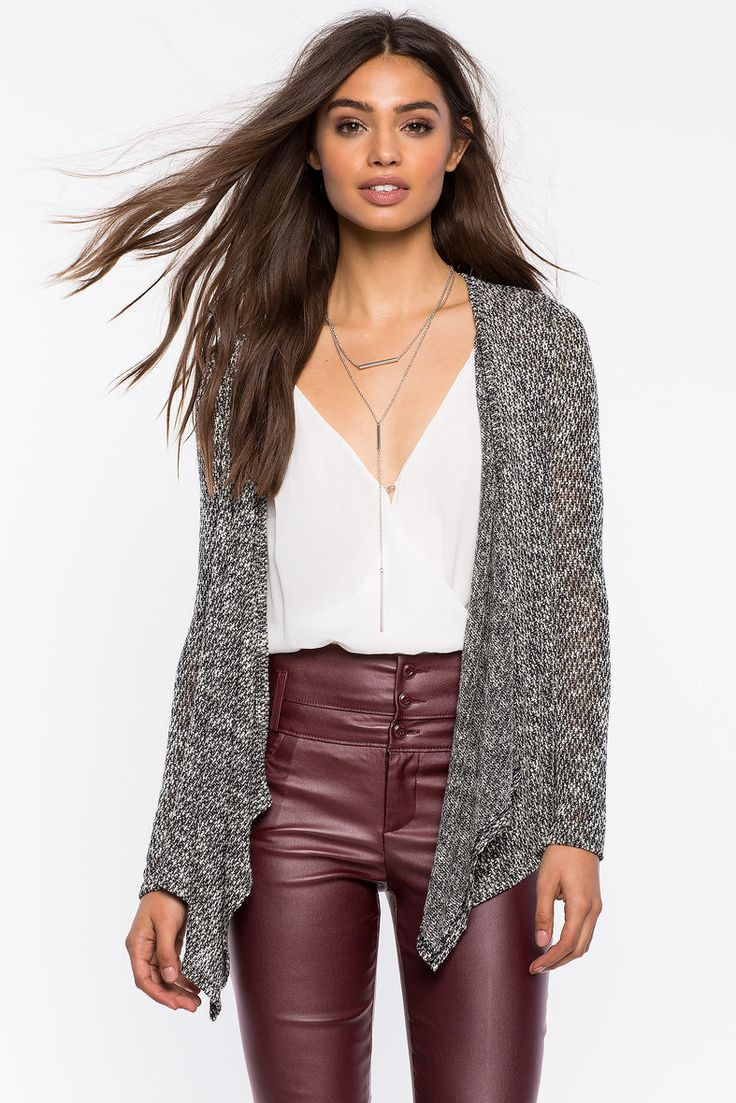 Кардиган Размеры: S, M, L Цвет: бежевый, черный Цена: 1353 руб.     #одежда #женщинам #кардиганы #коопт