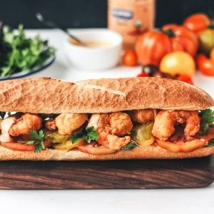 Get the full article on https://feedfeed.info/story-article/thefeedfeed/crispy-shrimp-po-boy