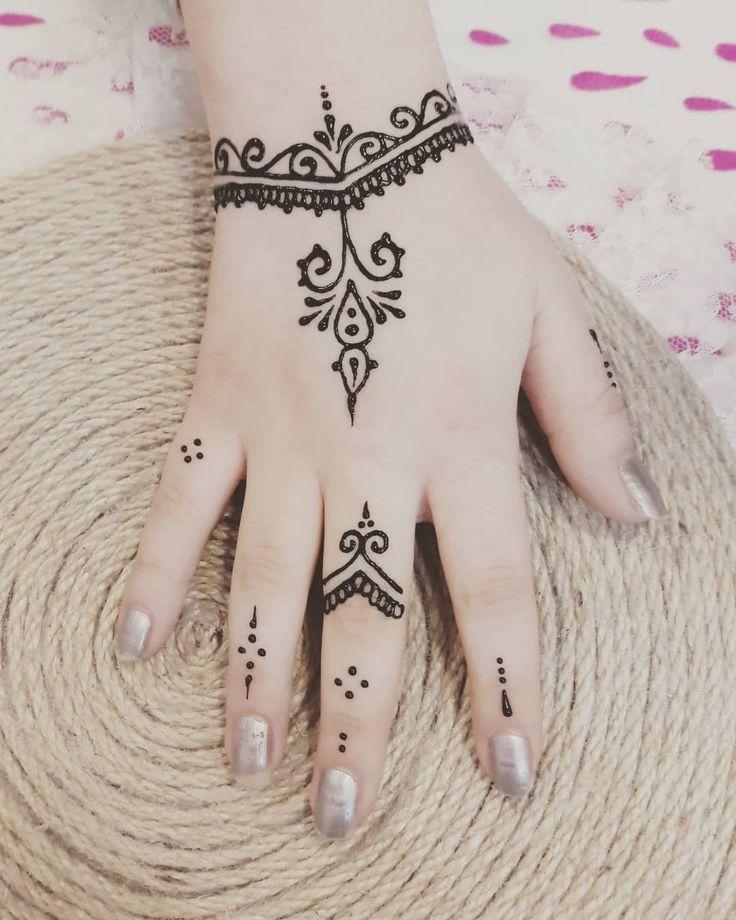 Tatowieren 3dtatowierungen 45tatowierungen Comedy Coverup Ink Inked Korper Selber Henna Tattoo Designs Simple Simple Henna Tattoo Henna Tattoo Hand