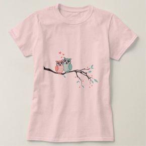 Cute owls in love on tree branch t-shirt