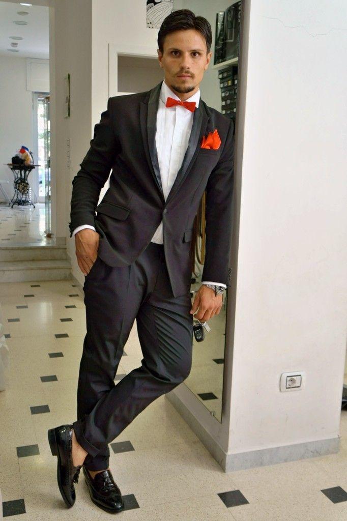 Fashion & Design, pleated shirt and bow ties in Plexiglas. #Franco #Lovi #camicie #camicia #shirt #MadeinItaly #Italia #Italy #CamiciaiDal1938 #Campania #Napoli #Salerno #Fashion #Design #Papillon #Plexiglass #Plissè #SuMisura #Sartoria #Italiana