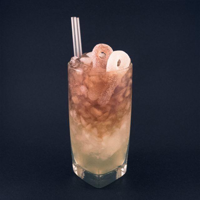 Sura Colanappar Drinkrecept på Drinkoteket.se. Här hittar du en mängd recept på enkla och goda drinkar och cocktails online. Välkommen in!