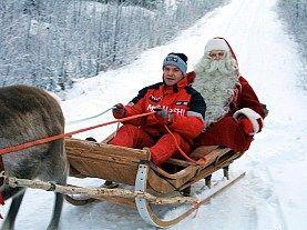 Craciun Laponia - ROVANIEMI Oferta speciala Laponia 2014: copiii stau si mananca gratis , iar bunii au reducere 5 %.
