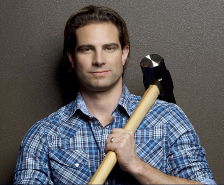 131 best images about canadian celebrities on pinterest for How much is scott mcgillivray house