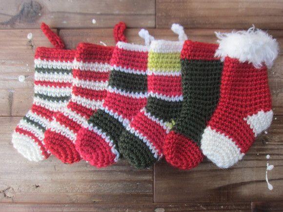 それでは クリスマス・ミニソックスの作り方です。(完成品は こちら を見てね )今回は 海外ブログ Le monde de sucrette の Angi...