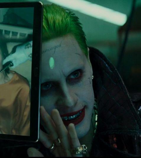 Joker is watching a mooooooviiiiieeeeee