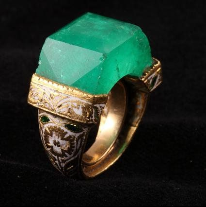 Jade Jagger's bohemian ring features an emerald so big it is cut to become part of the shank.