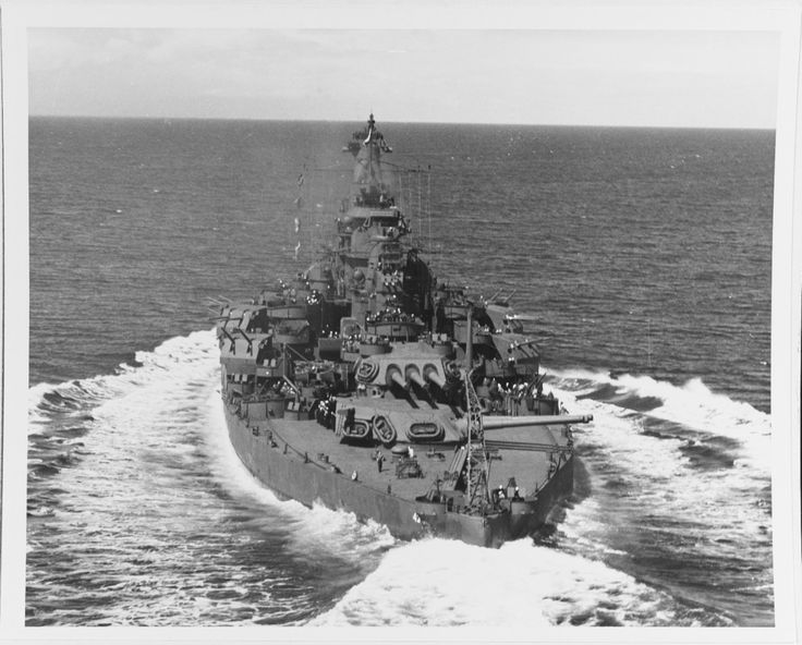 """lex-for-lexington: """"  """"USS Tennessee (BB-43) underway in Puget Sound, 12 May 1943."""" (NHHC: 19-N-45072) """""""