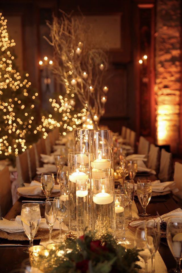 A luxurious après ski wedding with a warm holiday glow | Logan Walker Photography: http://www.loganwalkerphoto.com