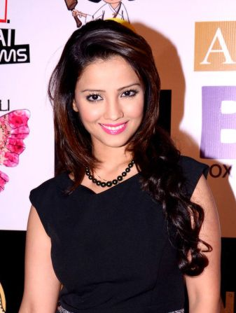 Adaa Khan Biography| Wiki| Husband| Profile| Career| Shows| Boyfriend| Age Adaa Khan Biography| Wiki| Career Beauty Queen Adaa Khanis an Indian T.V actress and a model,dancer and Photographer also.She is multi talented girl. Adaa Khanis a famous actress on T.V screen andAdaa Khantop famous character is Rajkumari Amrit in Amrit Manthan show this show is...