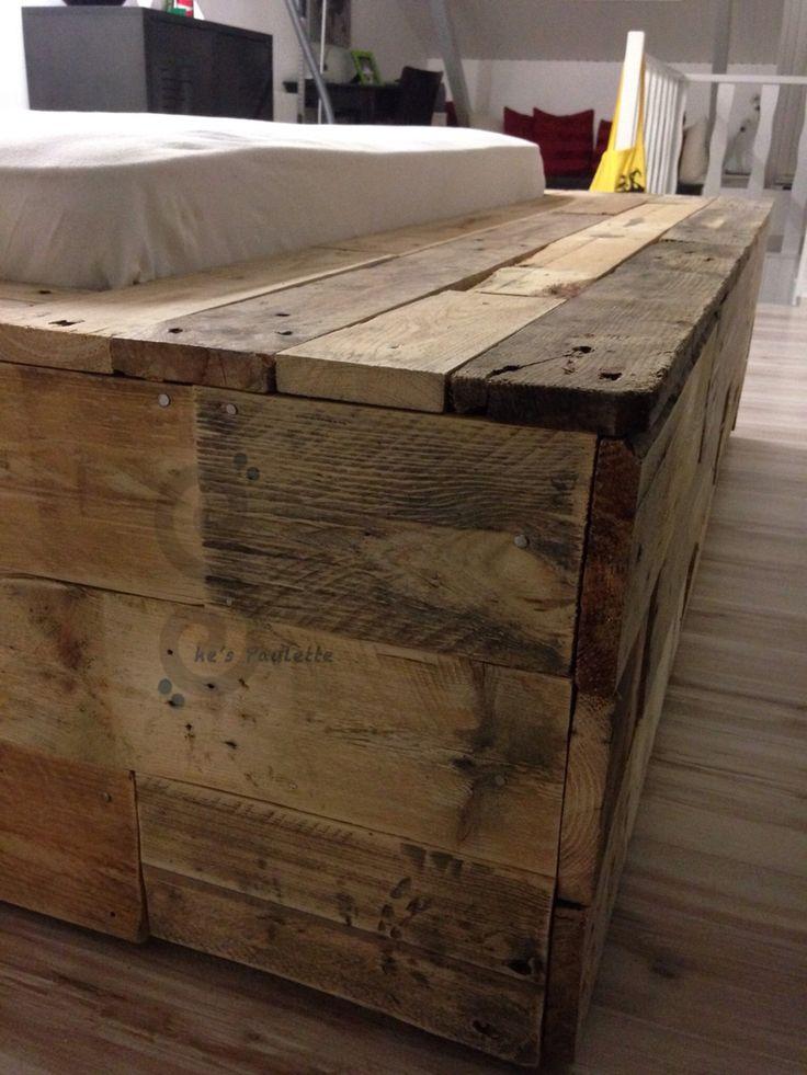 Pied de lit fabriqu avec des palettes meubles avec des palettes en 2019 pied de lit lit en - Meuble tv pied de lit ...