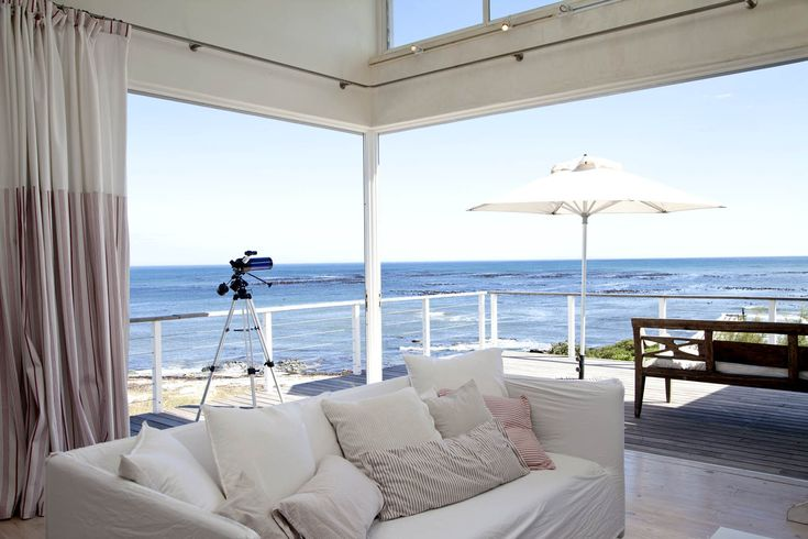 http://www.perfecthideaways.co.za/Details/Pebbles?Itemid= #summer #beach #accommodation #surfing