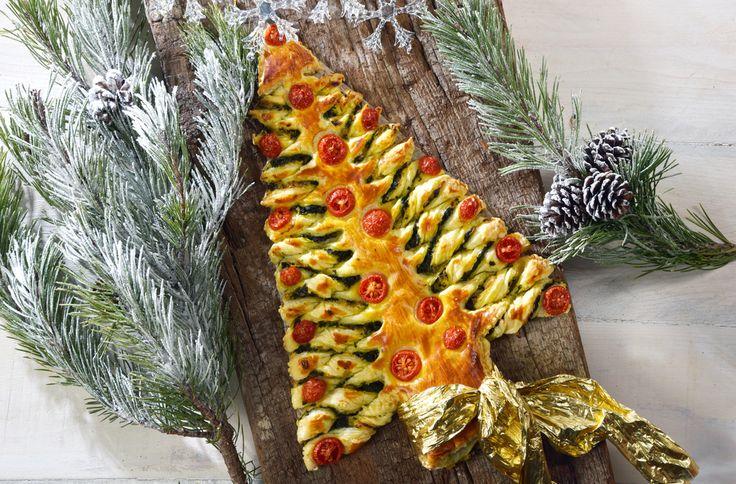 Albero di Natale di pasta sfoglia: la ricetta-segnaposto gustosa per la tavola delle feste