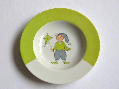 assiette petit garçon petit lutin au cerf volant vert