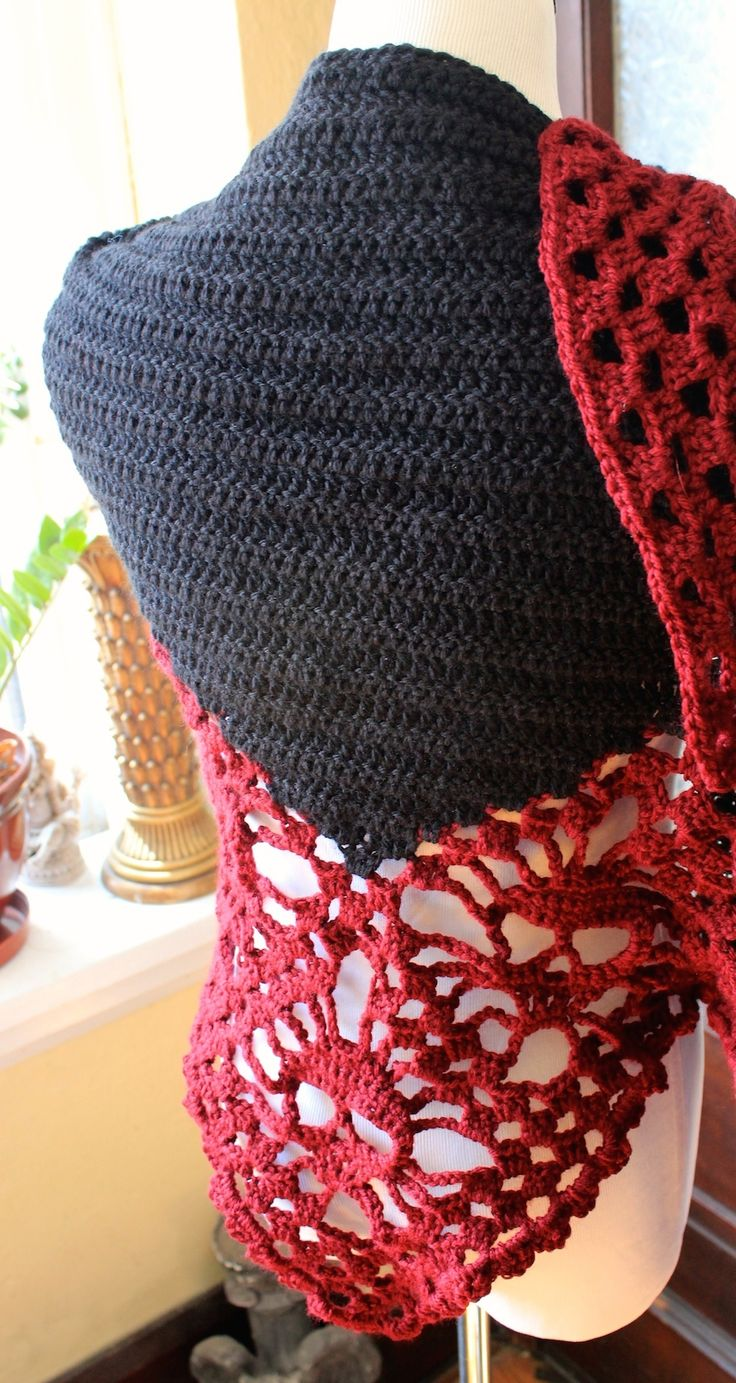 71 best stitch noir crocheted skull shawls cowls wraps images img8314 bankloansurffo Image collections