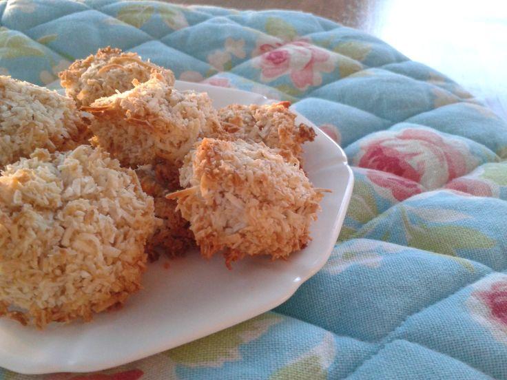 Macarons à la noix de coco: sans gluten, paléo et délicieux! - Coconut macaroons: gluten-free, paleo and delicious!
