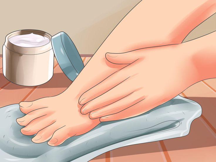 La dysidrose, aussi appelée exéma bulleux, est un trouble de la peau caractérisé par l'apparition de petites ampoules sur la paume des mains, sur les doigts et la plante des pieds http://www.mayoclinic.org/diseases-conditions/dyshidrosis...
