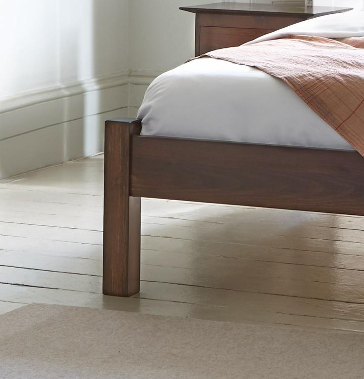 A Traditional Design With A Sleek Finish, The Summer Bed Is Ideal For Those  Looking