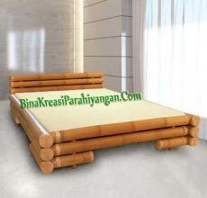 Bina Kreasi Parahiyangan adalah suplier produk kerajinan bambu, menyediakan berbagai macam produk bambu berkualitas untuk keperluan dekorasi interior Hotel, Rumah, Restoran, Villa dll..   Diantara Produk yang kami tawarkan adalah: 1. Furniture Bambu 2. Properti Bambu 3. Dekorasi/ Interior Bambu 4. Aksesoris Bambu Untuk Informasi dan Pemesanan bisa langsung menghubungi Kami: Tlp/Hp: 0852 2003 2947 0889 1944 729 BB: 5124 BA0A  www.binakreasiparahiyangan.com