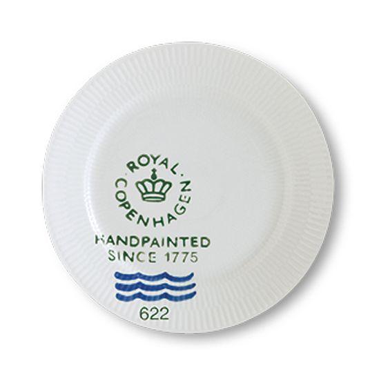 Royal Copenhagen Fluted Signature Lunch plate 22 cm