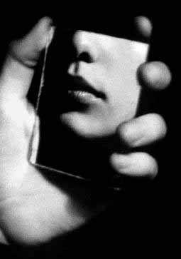 ARgENTUM ~ MAGICIAN ~ la potion infinie #magician #blackandwhite #mirror