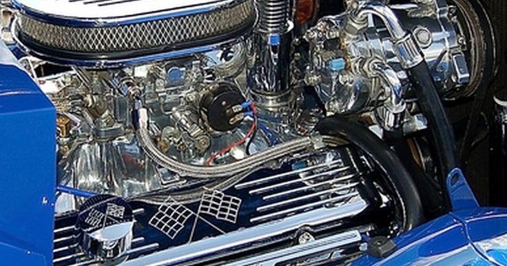 Cómo probar un relé de cuatro terminales. Están por todas partes: bajo el capó y alrededor del vehículo, escondidos detrás de los asientos, del volante, en todo el compartimento del motor y en el bloque de salida, incluso en el interior del baúl. Los relés funcionan como interruptores de control: permiten o interrumpen el flujo de corriente a la bomba de combustible, ventilador del ...