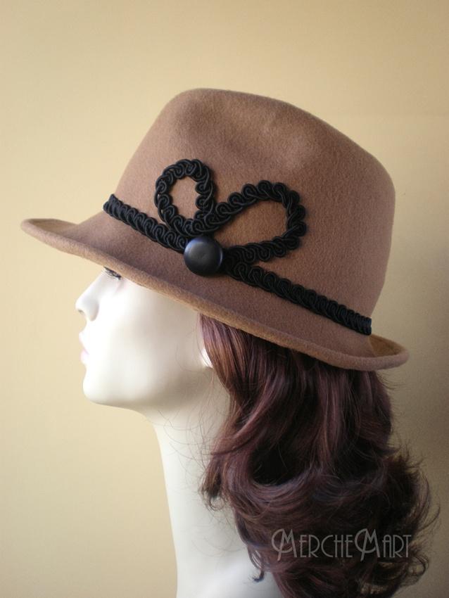 sombrero borsalino en fieltro camel. Hats/millinery