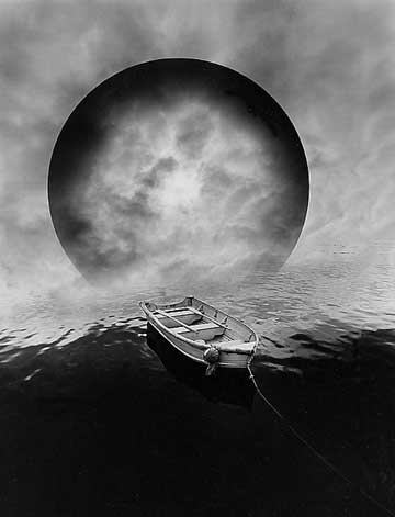 surreal fine art photography by jerry uelsmann focal point shape tone and texture. Black Bedroom Furniture Sets. Home Design Ideas