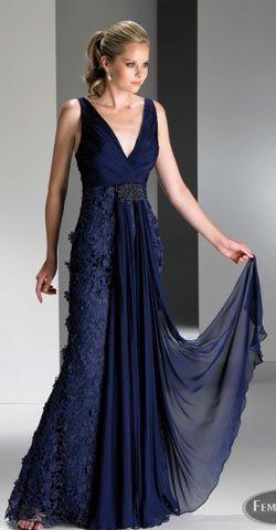 Vestidos de Encaje para Madrinas | Descubre AQUI los Mejores Vestidos de Novia Originales