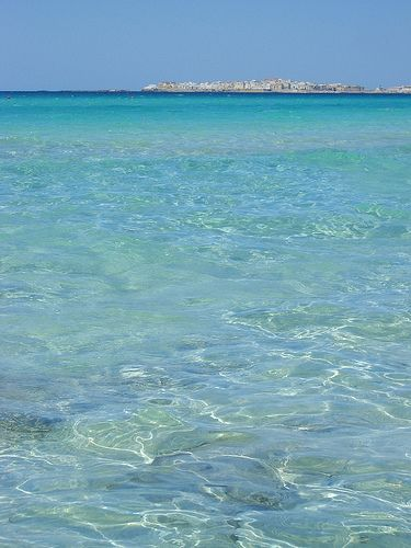 Will the water be this clear and blue on our visit to Gallipoli, Salento, Italy?