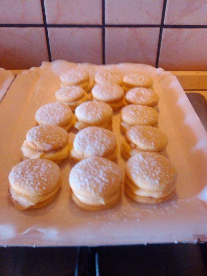 E per la merenda di metà mattina!!? :D Da fare assolutamente!!! http://www.bimby-ricette.it/2015/03/bimby-le-deliziose.html Provate questa ricetta e ditemi se vi piace!!! :D http://www.bimby-ricette.it/2015/03/bimby-le-deliziose.html
