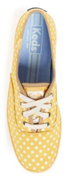 love these #yellow polka dot sneakers http://rstyle.me/n/ndkz9r9te