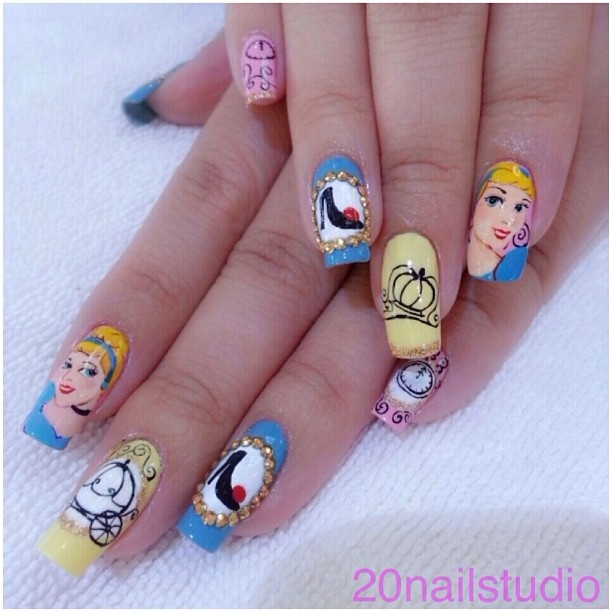 Cinderella Nails: 74 Best Disney Nails Images On Pinterest