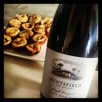 Auntsfield Wine - 2010 Single Vineyard, Pinot Noir - Auntsfield Estate Winery, Marlborough, NZ te koop bij www.henribloem.nl