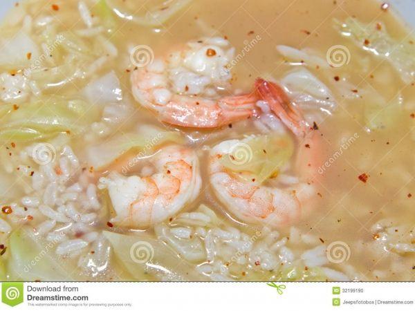 Thaise rijstsoep met scampi's