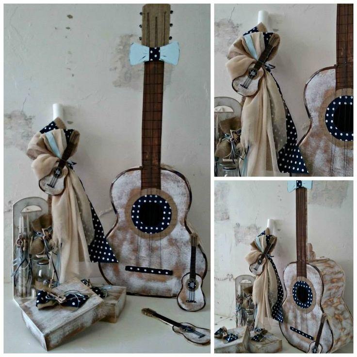 Βαπτιστικό σετ κιθάραα για αγόρι TO ΣΕΤ ΠΕΡΙΛΑΜΒΑΝΕΙ: Κουτί κιθάρα Διαστάσεις: 50Χ20Χ112 εκ ΛΑΜΠΑΔΑ ΣΕΤ ΛΑΔΟΠΑΝΑ ελληνικής ραφής (2 ΠΕΤΣΕΤΕΣ, ΣΕΝΤΟΝΙ, ΣΕΤ ΕΣΩΡΟΥΧΑ - ΚΑΠΕΛΑΚΙ) / Επιλέξτε το χρώμα της αρεσκίας σας από την επιλογή
